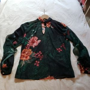 Marciano floral print blouse s